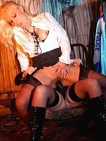 Blonde femdom punishes Lanas sweet pussy